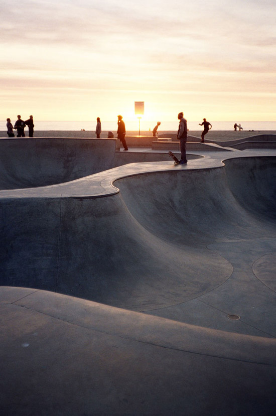zachód słońca skatepark