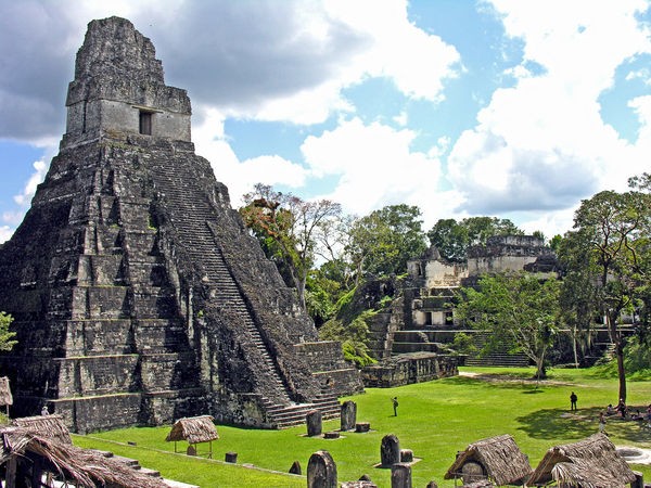 majowie budowla